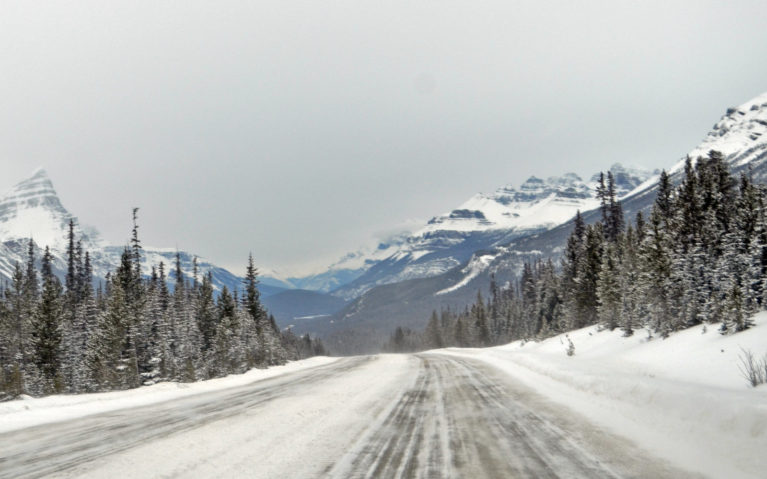 The Majority of the Views along my Alberta Winter Road Trip :: I've Been Bit! A Travel Blog
