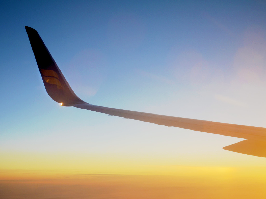 Airplane Sunset - Tips and Tricks to Find Cheap Flights :: I've Been Bit! A Travel Blog