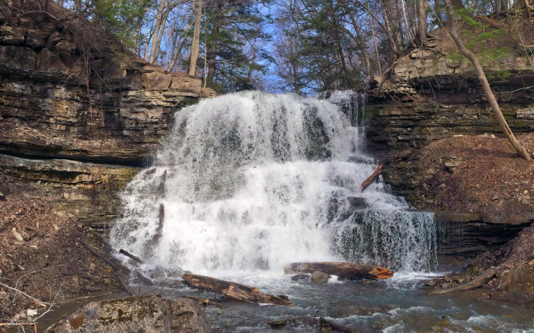 Lower Decew Falls from the River :: I've Been Bit! A Travel Blog