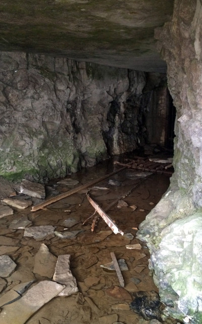 Cave Near Tunnel Falls :: I've Been Bit! A Travel Blog