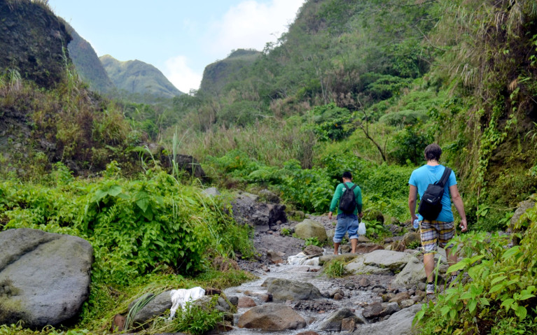 Almost at Crater - Mt Pinatubo Tour :: I've Been Bit! A Travel Blog