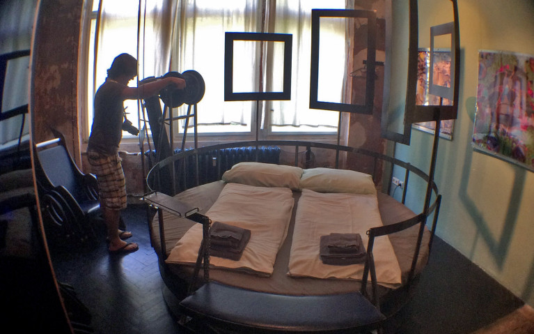 The Chair Room at Propeller Island City Lodge in Berlin :: I've Been Bit! A Travel Blog