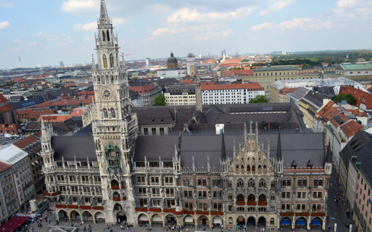 Neues Rathaus in Marienplatz, One of the Places to Visit in Munich in 2 Days :: I've Been Bit! A Travel Blog