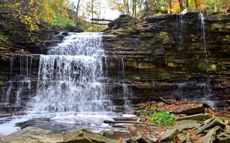 Close Up of Lower Beamer Falls in Beamer Falls Conservation Area :: I've Been Bit! A Travel Blog