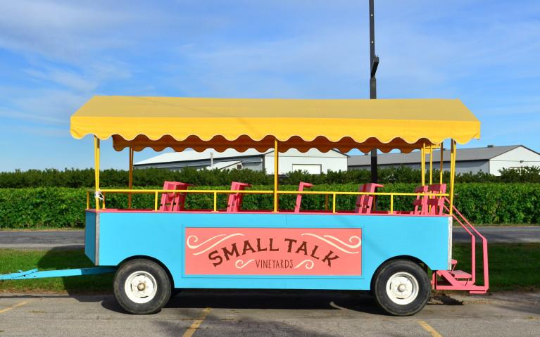 Small Wagon, Big Heart at Small Talk Vineyards :: I've Been Bit! A Travel Blog