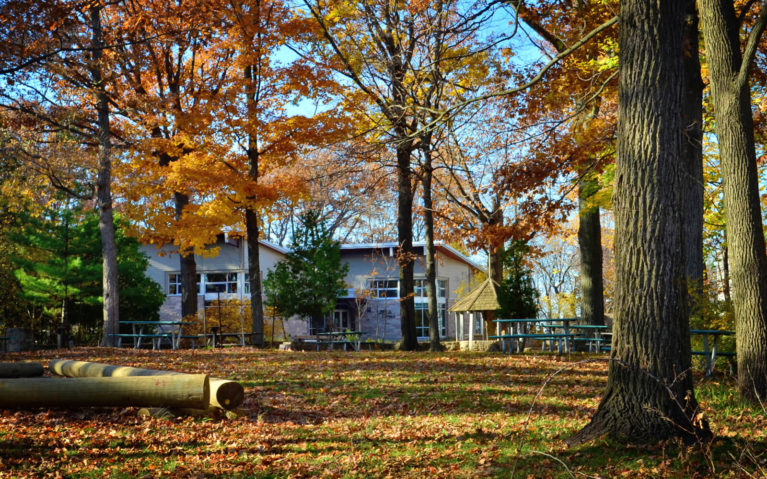 Woodend Conservation Area Education Centre in Autumn Surrounded by Trees with Fall Foliage :: I've Been Bit! Travel Blog
