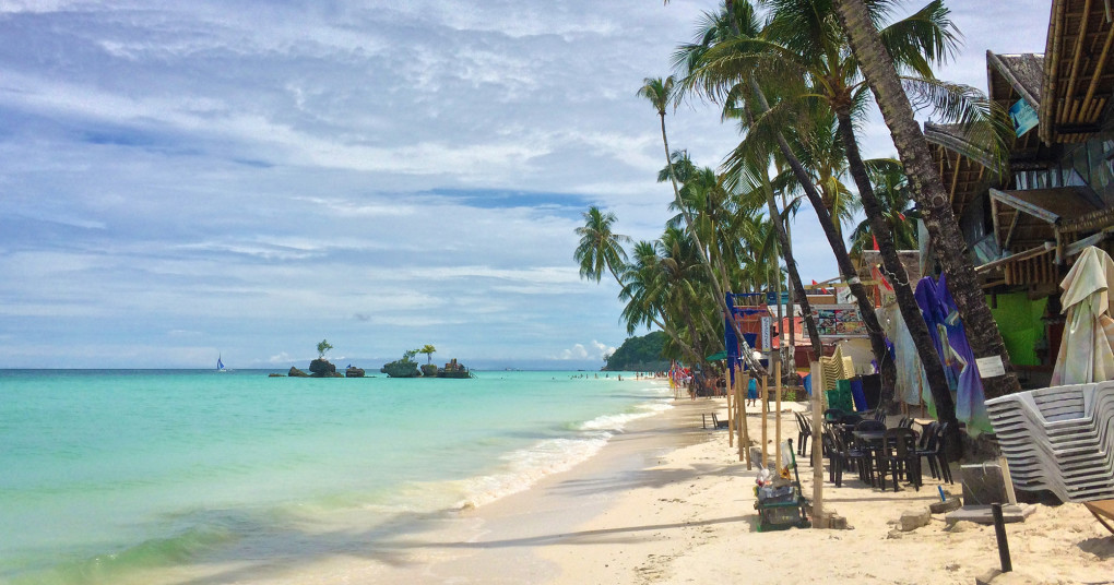 I've Been Bit! A Travel Blog :: Why You Should Visit Ariel's Point in Boracay