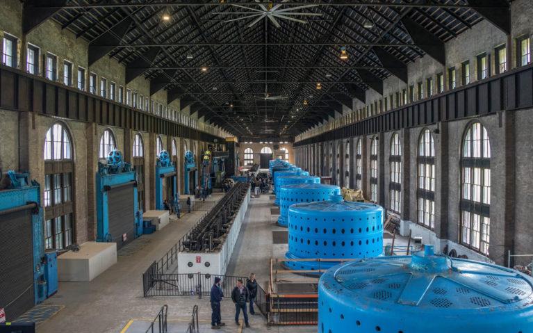 Inside the Canadian Niagara Power Generating Station :: I've Been Bit! Travel Blog