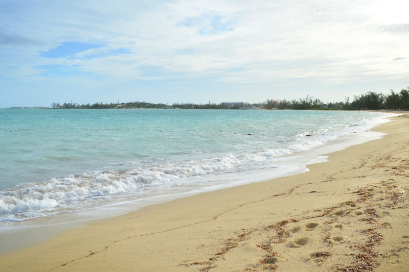 The Beautiful Beaches of The Bahamas :: I've Been Bit! A Travel Blog