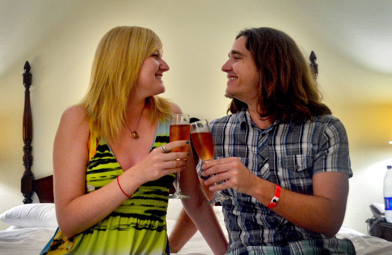 Champagne Toast at the Breezes Hotel Bahamas :: I've Been Bit! A Travel Blog