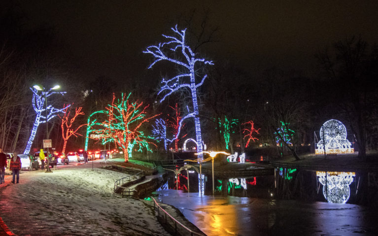 Wide View of the Dufferin Islands Light Display at WFOL :: I've Been Bit! Travel Blog