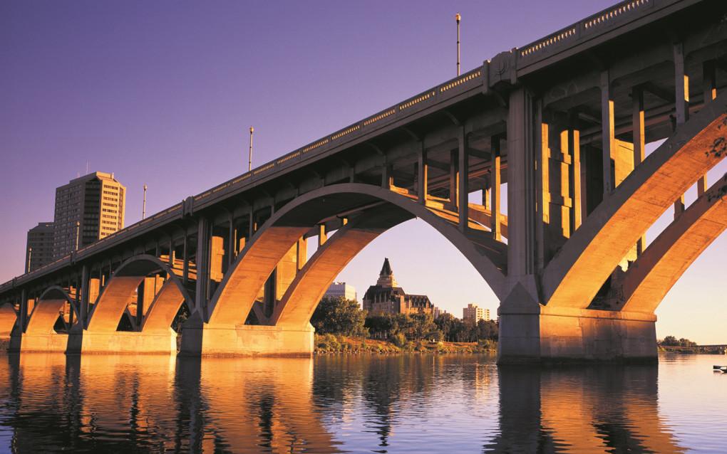 Sunset along the South Saskatchewan River :: I've Been Bit! Travel Blog