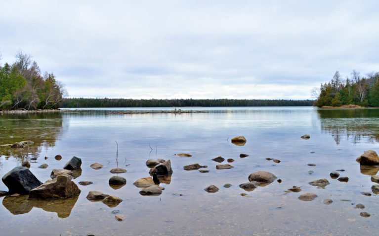 Cyprus Lake Bruce Peninsula National Park Ontario Canada :: I've Been Bit! Travel Blog