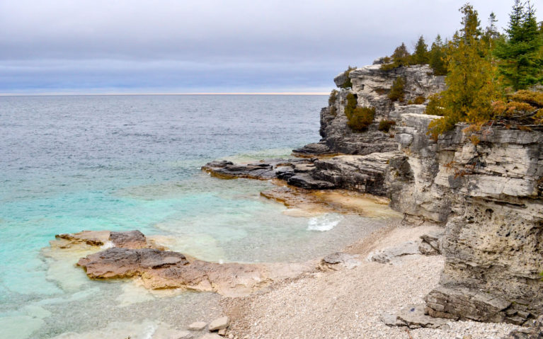 Views of Indian Head Cove in Bruce Peninsula National Park, Ontario, Canada :: I've Been Bit! Travel Blog