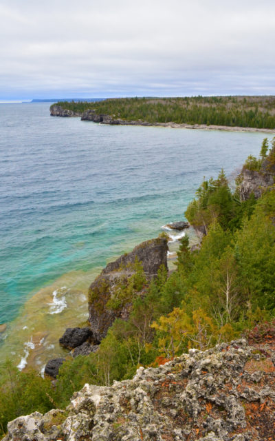 Views of Georgian Bay from Bruce Peninsula National Park's Overhanging Point :: I've Been Bit! Travel Blog