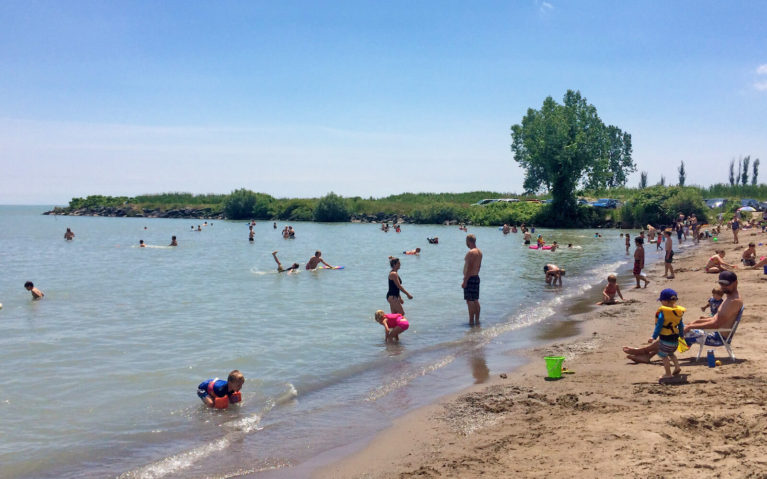Busy Southern Ontario Beach in the Summer :: I've Been Bit! Travel Blog