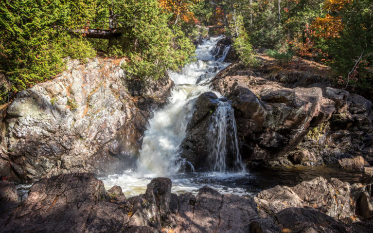 Crystal Falls in the Hiawatha Highlands :: I've Been Bit! Travel Blog