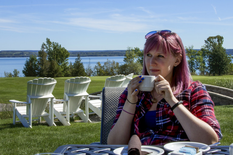 Lindsay Enjoying some Coffee at Cobble Beach in Grey County :: I've Been Bit! A Travel Blog