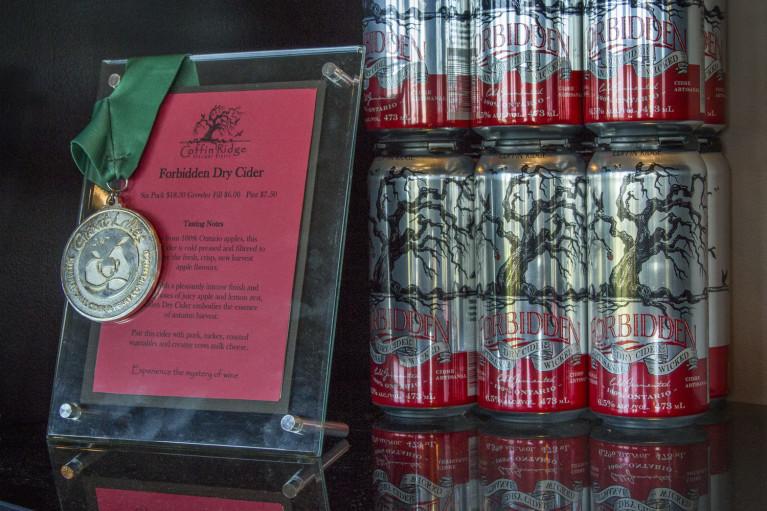 Coffin Ridge Winery's Award-Winning Forbidden Dry Cider :: I've Been Bit! A Travel Blog