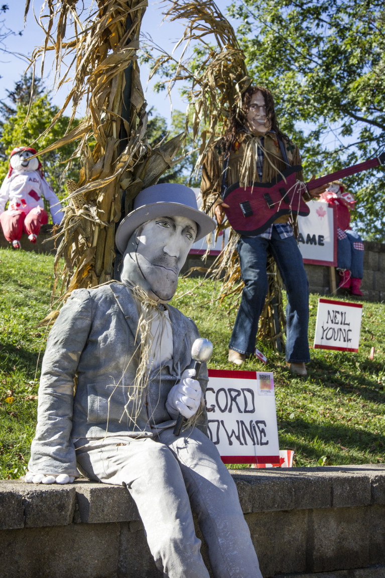 I've Been Bit! A Travel Blog :: Grey County Autumn Adventures - Meaford Scarecrow Invasion Gord Downie Neil Young