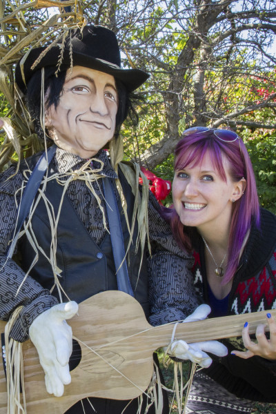I've Been Bit! A Travel Blog :: Grey County Autumn Adventures - Meaford Scarecrow Invasion Stompin Tom Connors