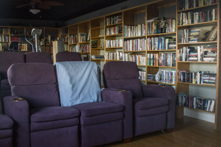 Coffin Ridge Winery The Resting Place Library, the perfect Fall Getaway in Ontario :: I've Been Bit! Travel Blog