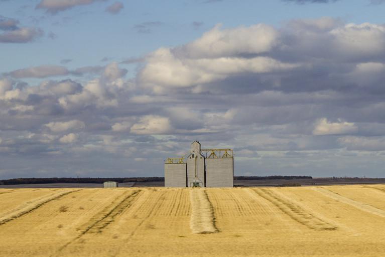 Grain Elevator - 20+ Photos Guaranteed to Inspire a Manitoba Road Trip :: I've Been Bit! A Travel Blog