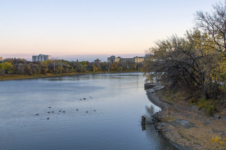 Red River in Winnipeg - 20+ Photos Guaranteed to Inspire a Manitoba Road Trip :: I've Been Bit! A Travel Blog