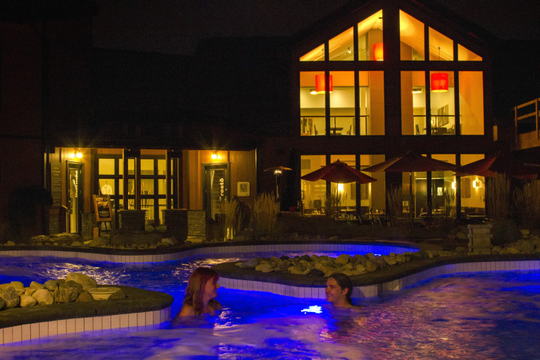 Relaxing at Thermëa by Nordik Spa-Nature - Winnipeg's Modern Oasis :: I've Been Bit! A Travel Blog