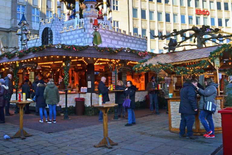 Kassel Weihnachtsmarkt - A Fairy Tale German Christmas Market :: I've Been Bit! A Travel Blog