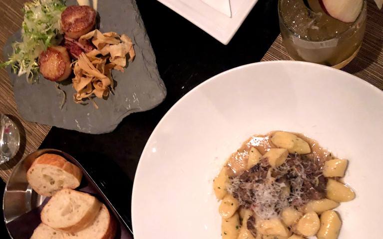 Cabin's Appetizers at Hockley Valley Resort & Spa :: I've Been Bit! A Travel Blog