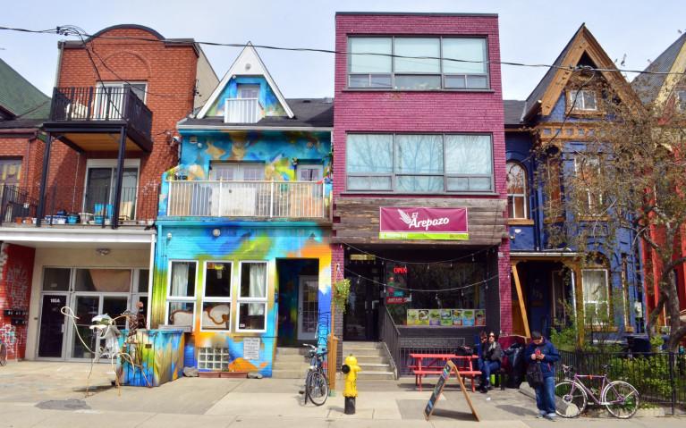 Things to do in Toronto? Visit Kensington Market! :: I've Been Bit! A Travel Blog