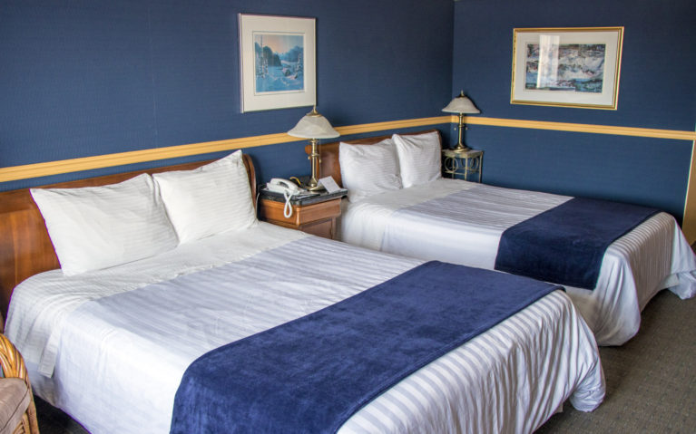 Sleep Easy at the Auberge des 21 in La Baie! :: I've Been Bit! A Travel Blog