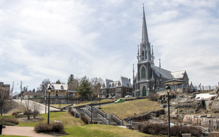 Sacre Coeur Church in Chicoutimi :: I've Been Bit! A Travel Blog