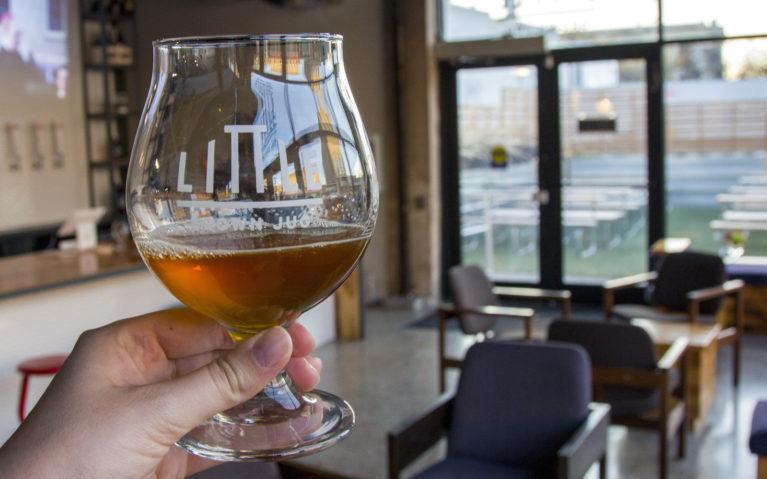 Little Brown Jug, a Winnipeg Craft Brewery :: I've Been Bit! A Travel Blog