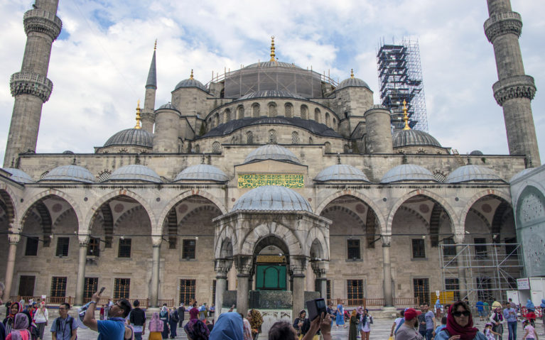 An Essential Istanbul Trip Stop, the Blue Mosque :: I've Been Bit! A Travel Blog