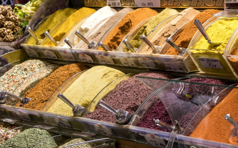 Spices of the Mısır Çarşısı :: I've Been Bit! A Travel Blog