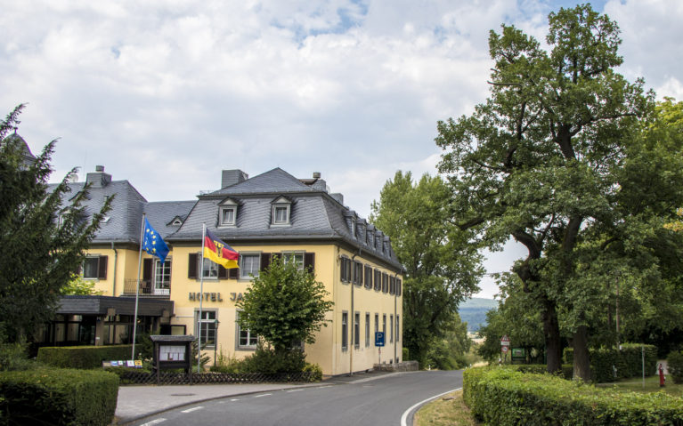 A Must-Stay Hotel in Rudesheim Germany :: I've Been Bit! A Travel Blog