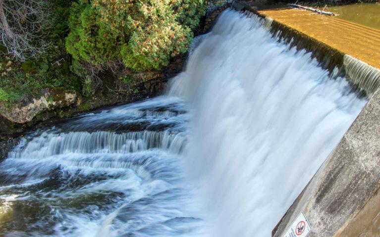 Belfountain Falls in Belfountain Conservation Area :: I've Been Bit! A Travel Blog