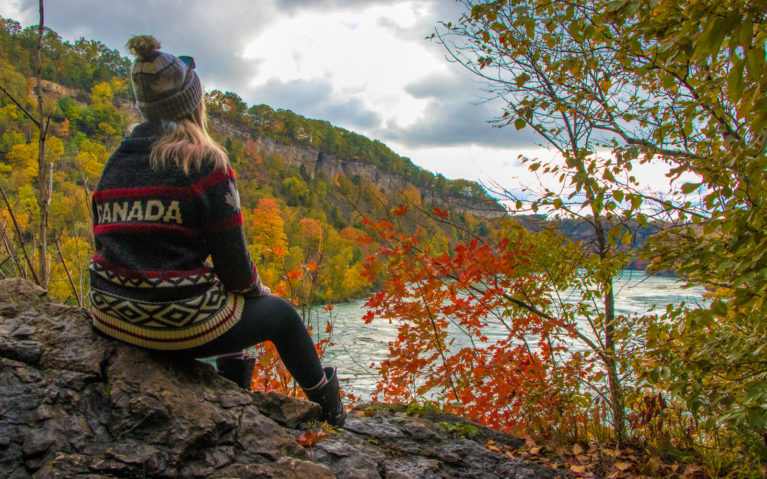 One of the Many Beautiful Lookouts on this Niagara Falls Hike :: I've Been Bit! A Travel Blog