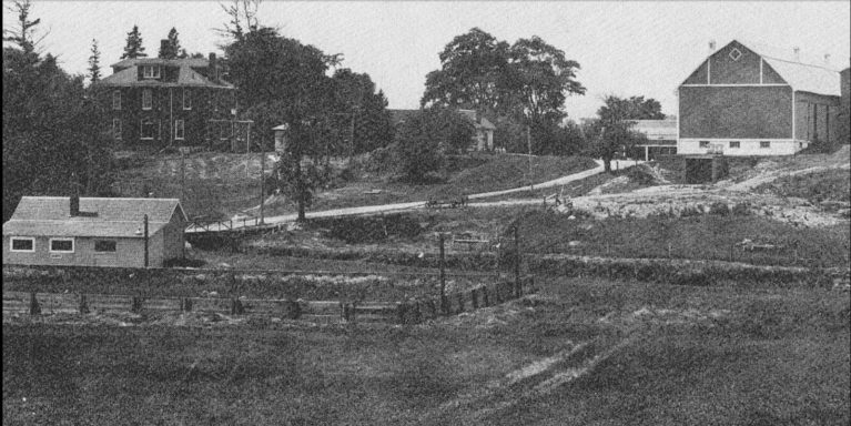 Photo of the Darch Farm Before the Early 1920s :: I've Been Bit! A Travel Blog