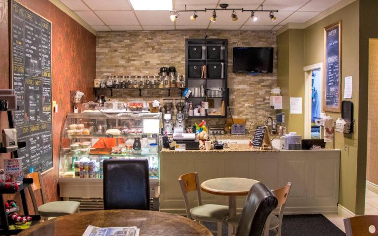 Elevenses on Scott, an adorable Kitchener Cafe :: I've Been Bit! A Travel Blog