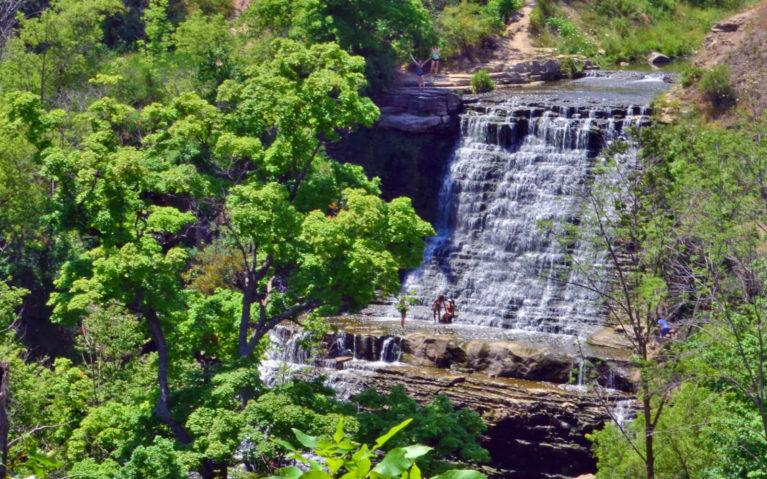 Albion Falls, Hamilton from Afar :: I've Been Bit! A Travel Blog