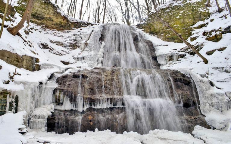 Sherman Falls, Hamilton in Winter :: I've Been Bit! A Travel Blog