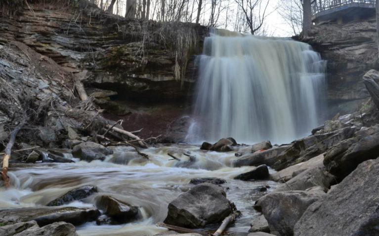 Smokey Hollow Falls, Hamilton in Spring :: I've Been Bit! A Travel Blog