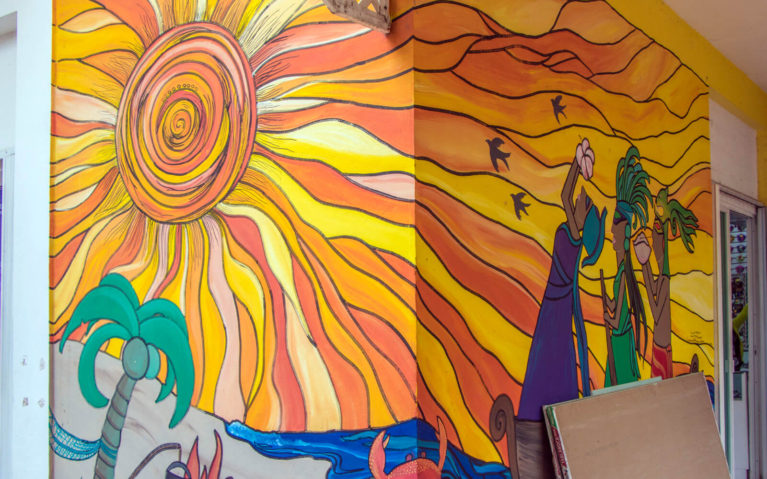 Sunny Day Mural in Cozumel Mexico :: I've Been Bit! Travel Blog