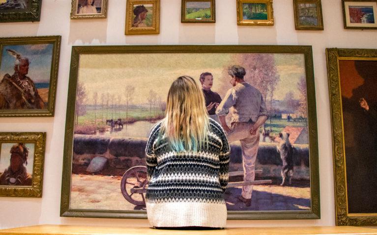Lindsay Admiring the Work of Hamilton-born Artist William Blair Bruce :: I've Been Bit! Travel Blog