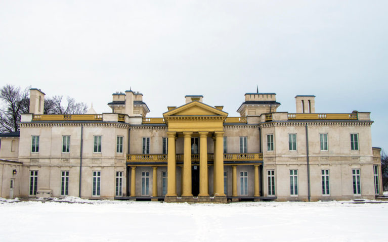 Outside of Dundurn Castle in Hamilton, Ontario During the Winter :: I've Been Bit! Travel Blog