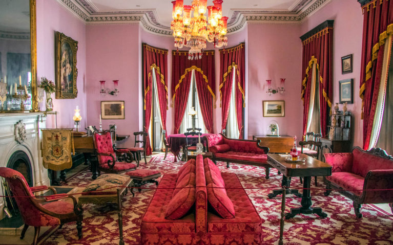 Entertaining Hall in Dundurn Castle, also known as the Pink Room :: I've Been Bit! Travel Blog