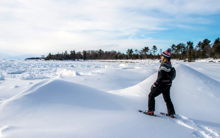 Lindsay Hanging Out With the Lake Superior Ice Caves :: I've Been Bit! Travel Blog